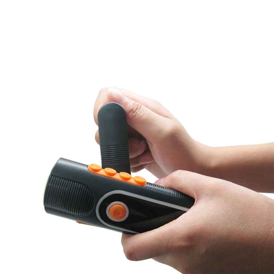 Rechargeable Hand-crank LED Flashlight Torch Charger ...