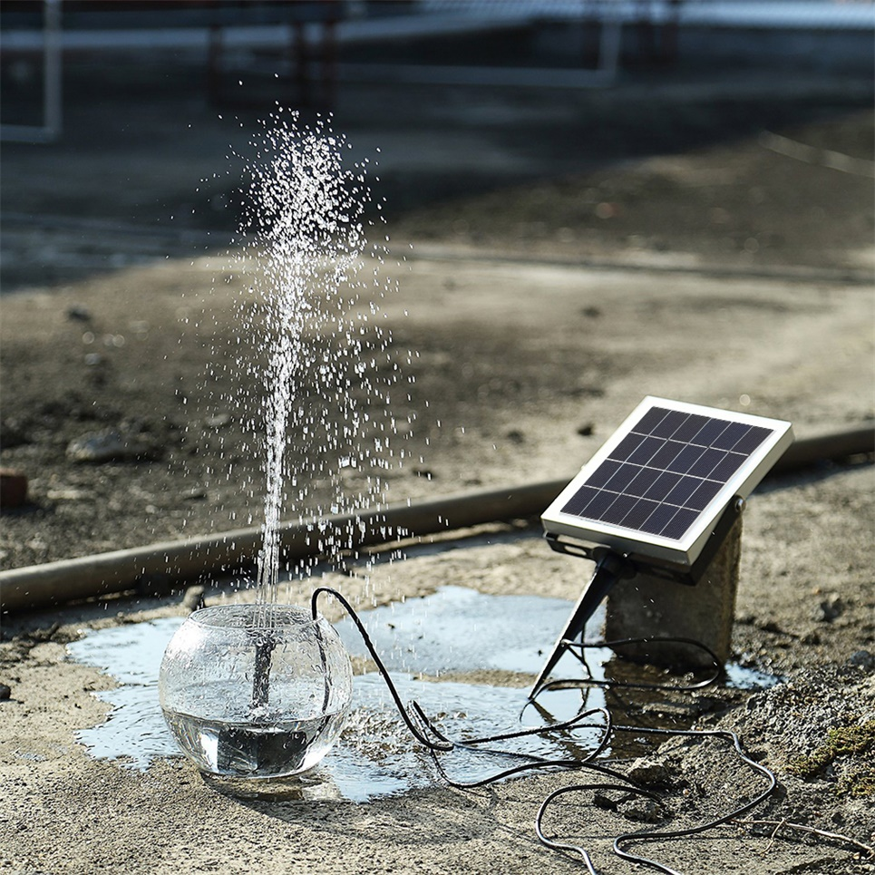 Solar panel submersible water pump storage battery backup for Solar fish for pools